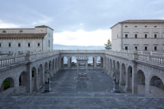 Montecassino-Chiostro-Bramantesco